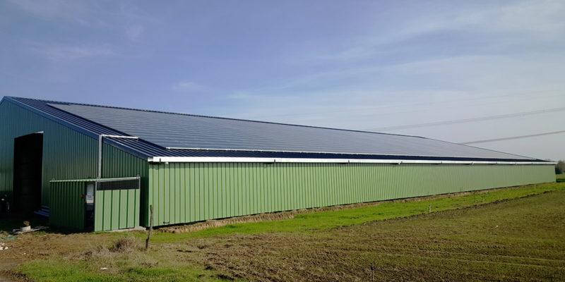 Versant Sud Bâtiment photovoltaïque Générale du solaire / Saint-Pierre-sur-Dropt (47)