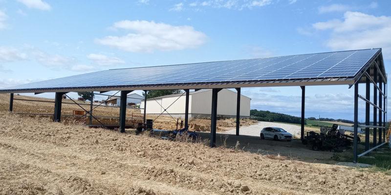 Versant Sud Hangar agricole photovoltaïque Irisolaris / Gensac (82)