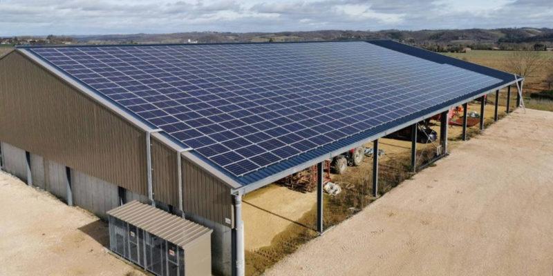 Bâtiment photovoltaïque Vergnaud France / Esclassan-Labastide (32)