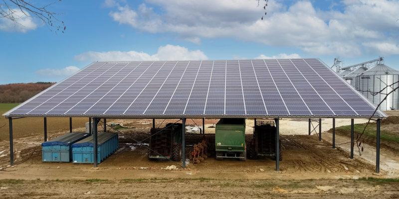 Versant Sud Hangar agricole photovoltaïque Irisolaris / Montignac (47)