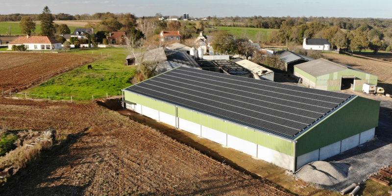 Bâtiment photovoltaïque agricole Soltea / Urost (64)