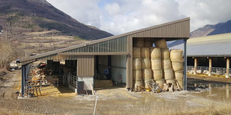 Versant Est Bâtiment agricole photovoltaïque Générale du solaire / Manteyer (05)